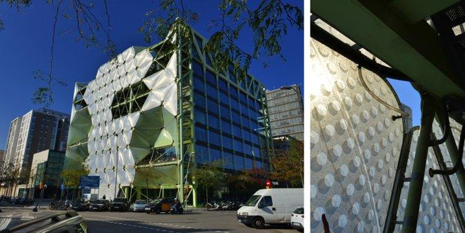 图12:高科技手段在新建建筑和改造建筑时得以大量应用,图中为巴塞罗那数码科技中心,其外立面应用了电脑程序控制的光能源利用技术,可根据日照情况自动调节建筑内部的光照情况,进而控制建筑内部的温度和湿度,从而最大限度节约能源。