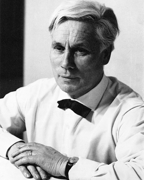 Figure 01: Portrait Hermann Mattern, c. 1962. Photo by Beate zur Nedden (beatefoto), taken from: Akademie der Künste (ed.), Hermann Mattern 1902–1971, Gärten, Gartenlandschaften, Häuser (1983) p. 4.