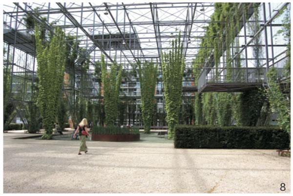 图8 工厂的结构部件被组合成一个连续的三维的空间,这样的结构为许多特别的停留方式和独特的空间意向提供了可能