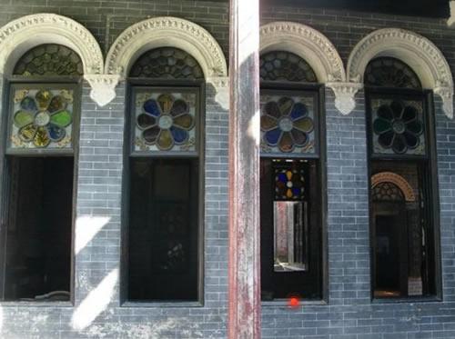 余荫山房:加入西式玻璃彩窗的元素