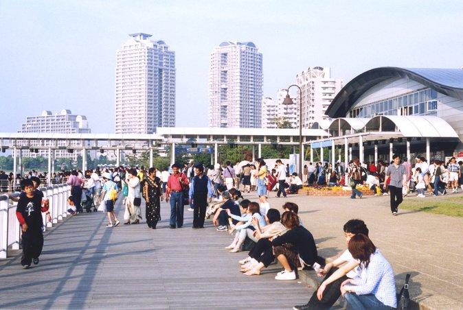 展望台成为欣赏城市中心景色的绝好场所。